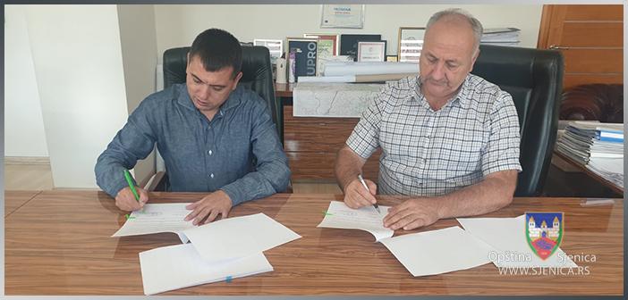 Potpisivanje ugovora između Opštine Sjenica i Ministarstva za zaštitu životne sredine
